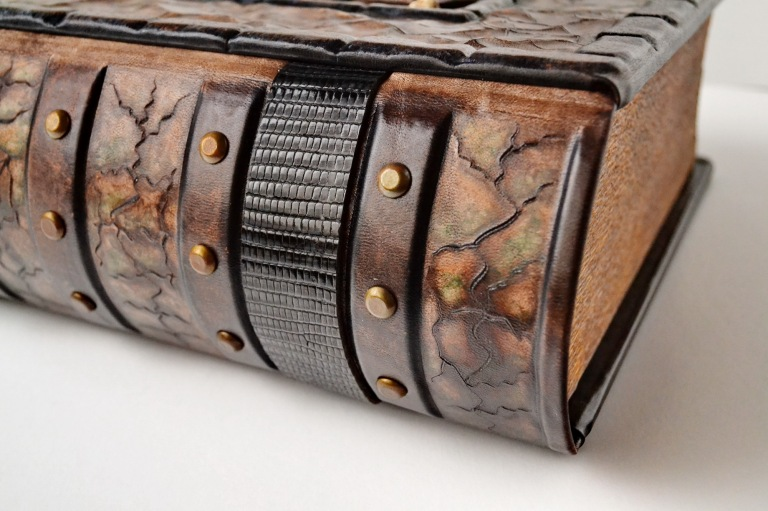 custom Chris Bromiley A016